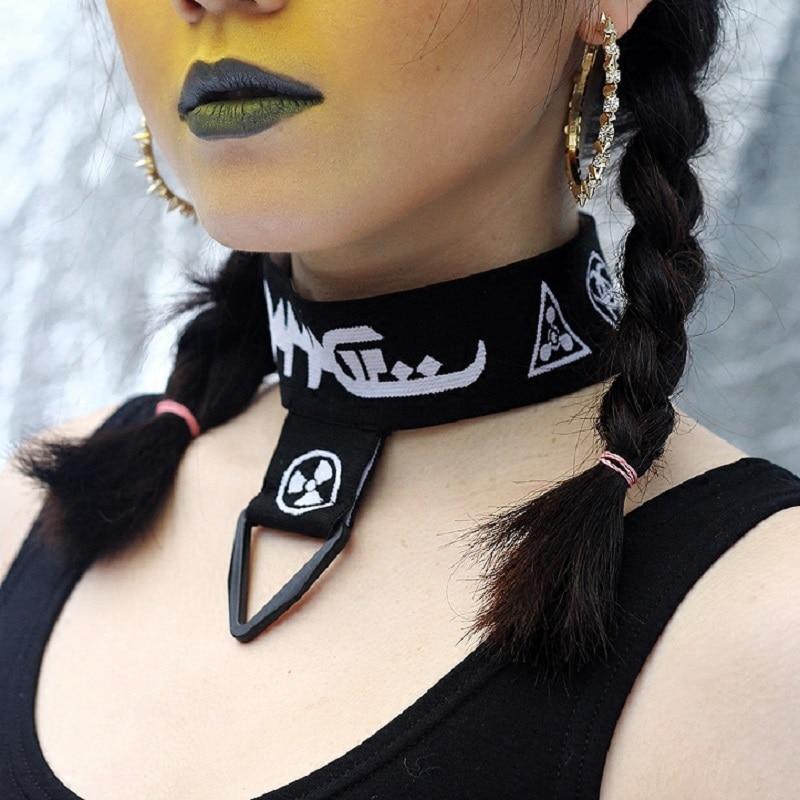 Sexy Elastic Band Choker DAMAGE Vintage Stretch Choker Necklaces for Women Girl Charm Punk Retro Gothic Elastic Necklace Female цена 2017