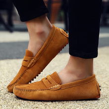 2019 Fashion Loafers Soft Moccasins Men Casual Shoes High Quality Genuine Leather Shoes Summer Men Flats Gommino Driving Shoes