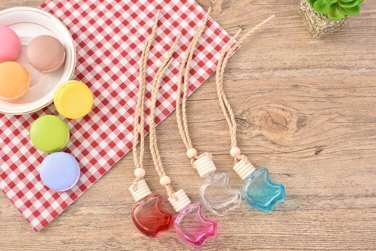 100Pcs Lot 10ml Refillable Apple Shape Hang Decoration Glass Essence Oil Perfume Bottle Hang Rope Empty