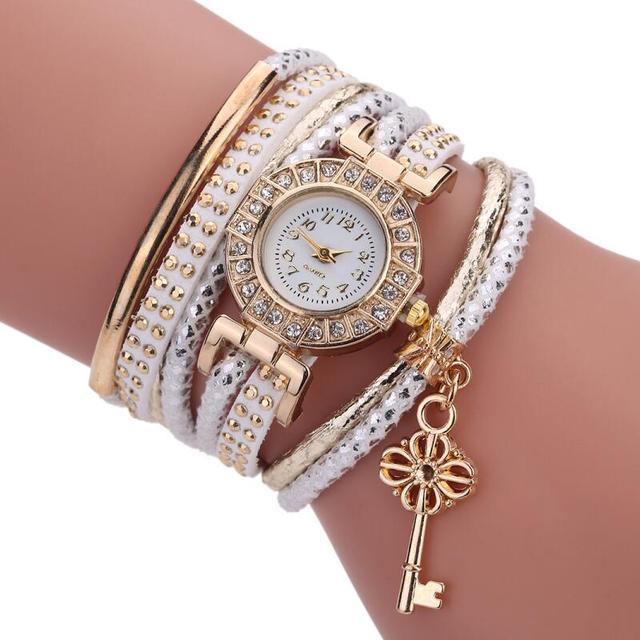 MINHIN Fashion Ladies Watches Women Dress Luxury Gold Wrist Bracelet Watch Delic