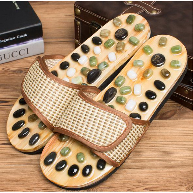 170611/Home pebble foot massage slippers / acupuncture points foot shoes / couple bathroom anti-slip indoor cool slippers  natural pebble foot massage slippers point massage shoes men and women couple home skid shoes tb20903
