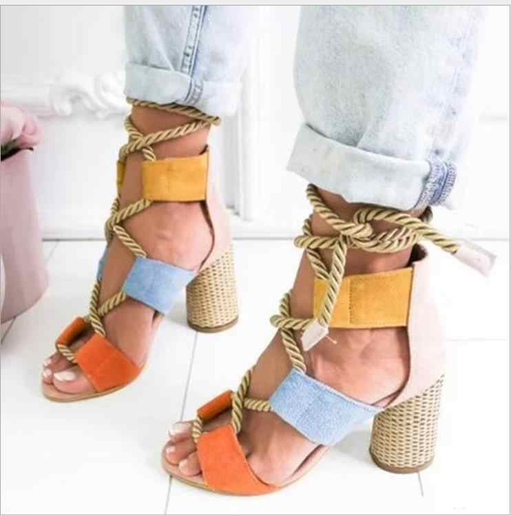 נשים סנדלי נעלי קיץ סלבריטאים לובש מעורב צבעים רצועות סנדלי מחודדת דגי פה גלדיאטור עקבים גבוהים נעלי נשי
