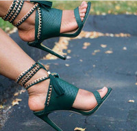 Rome Style Ankle Strap Women High Heels Shoes Open Toe Lace Up Fringe Women Gladiator Sandals Gold Chains Slingback Women Pumps