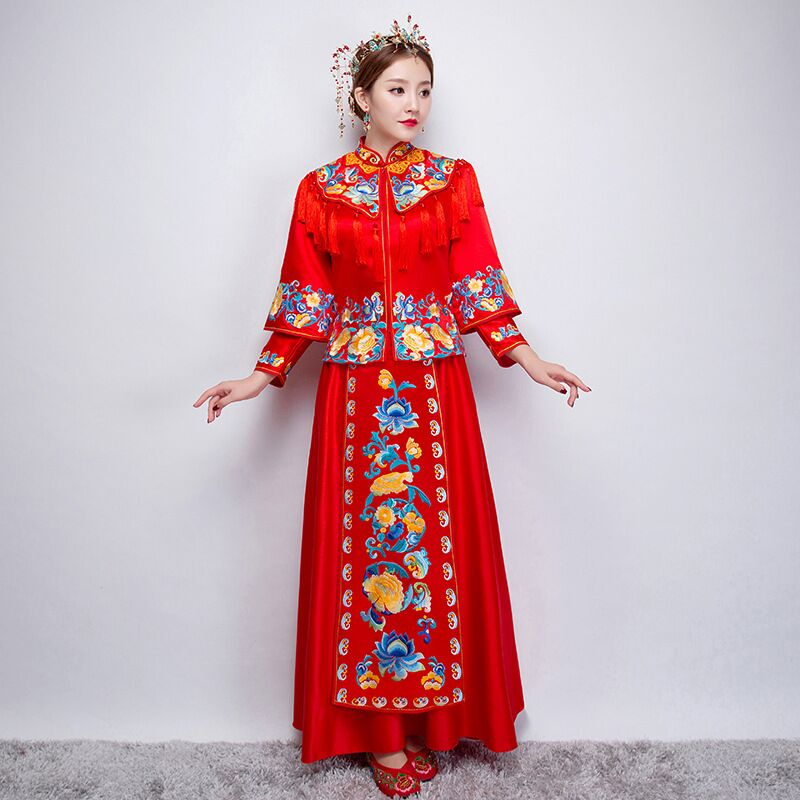 Qipao Wedding Gown: China Style Wedding Dress Bridal Gown Embroidery Cheongsam