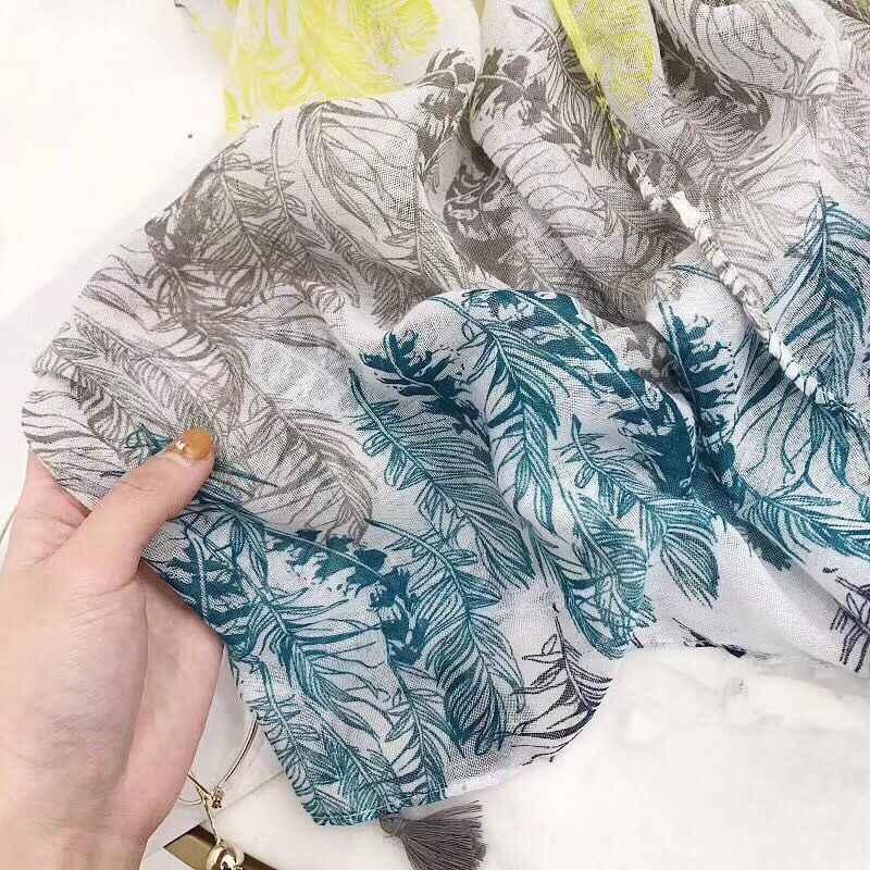 Novo 2018 folhas impresso lenço, hijab viscose de algodão em alta qualidade, viscose cachecol, Xales e cachecóis, wraps xales, estilo coreano