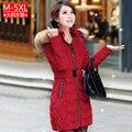 El envío libre 2016 mujeres del invierno más tamaño hembra wadded chaqueta roja medio-largo abajo capa L-5XL para 105 kg
