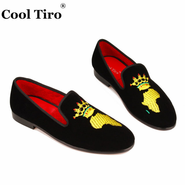 Black Velvet Slippers Men Loafers Embroidery African Map Moccasins  Gentlemen slip on Flats Formal Shoes Wedding Men s Dress Shoes Casual shoes  business ... 7801f2548281
