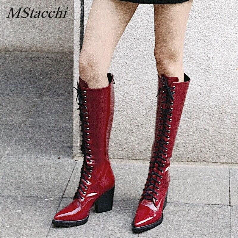Ayakk.'ten Diz Hizası Çizmeler'de MStacchi kadın Motosiklet Çizmeler Sivri burun Lace up Kalın Ayakkabı Kadın Patent Deri Diz Yüksek Çizmeler Moda Botas mujer'da  Grup 1