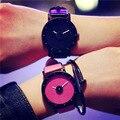De lujo de Bling Dial Moda Caramelo de Cuero de LA PU Estilo Joven de Cuarzo Rosa Relojes de Oro Negro Caliente para Mujeres Niñas Estudiantes