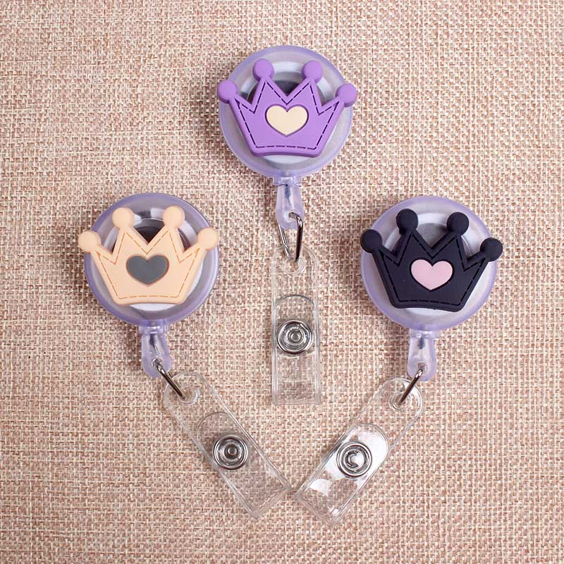 Heart Crown Love Styles Clown Retractable Creative Badge Card Holder Reel Women Girls Nurse Exhibition Enfermera Name Card Chest