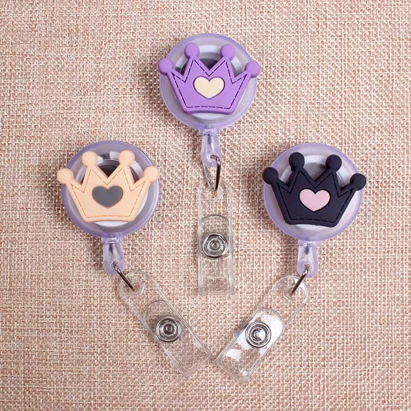 Heart Crown Love Styles Clown Retractable Creative Badge Card Holder Reel Women Girls Nurse Exhibition Enfermera Name Card Chest