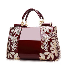 2019 New Embroidered Patent Leather Middle-aged Female PU Fashion Handbag Shoulder Slung Women Big Messenger Bag