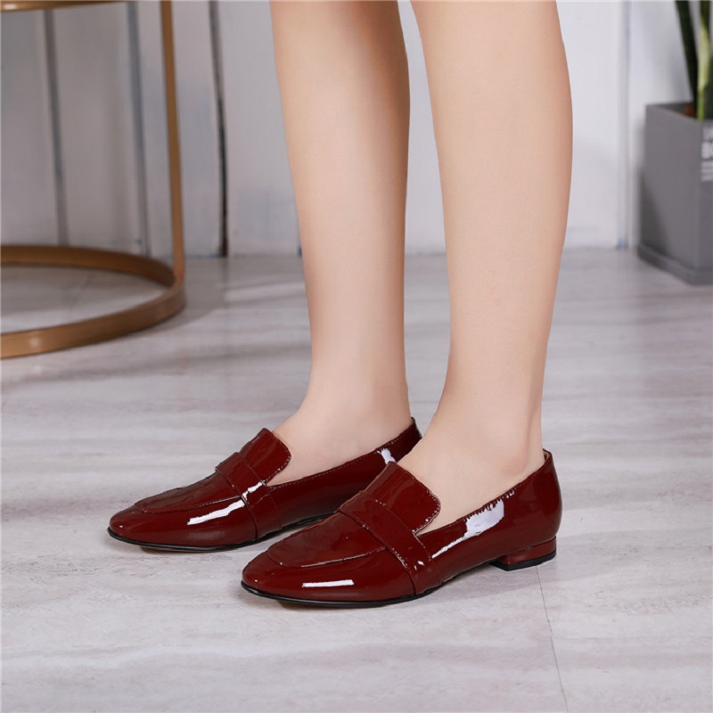 Autumn New Leather Pointed Toe Deep Mouth Low Heel British Muller Women's Shoes Female Flat Retro Fashion Square Lazy a Pedal