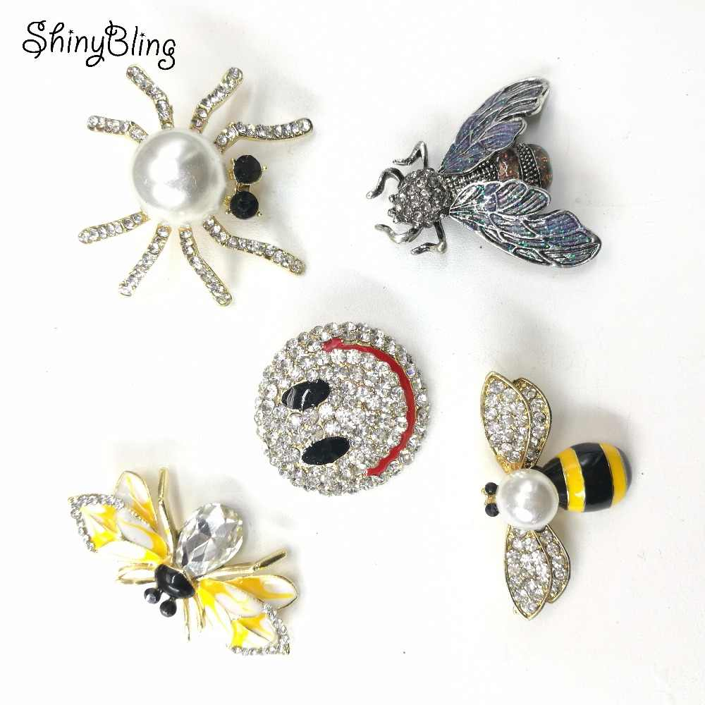 041f93514f3 Vintage Simulated Pearl Rhinestone Bee Spider Emoji Metal Badges Pin Brooch  Antique Pin Women Brooch Pin