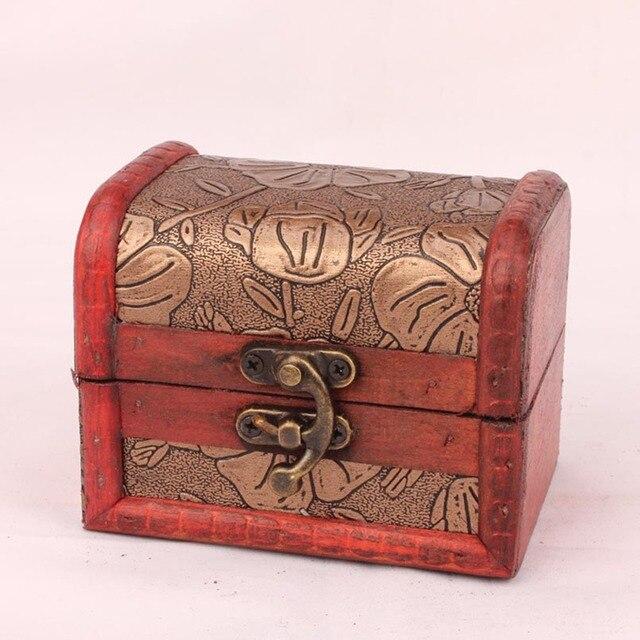 Vintage Metal Lock Jewelry Storage Box Treasure Chest Case Manual Wood Box  Pearl Necklace Bracelet Storage
