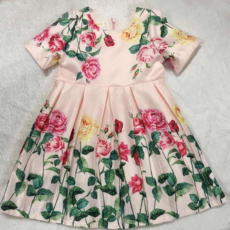 Новинка 2019 года; красивое платье для девочек; сезон весна-осень Плиссированное сатиновое платье с короткими рукавами и цветочным рисунком для девочек платья с принтом праздничное платье для девочек