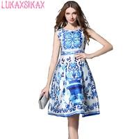 Nouvelle Mode 2017 Piste Dress Style Chinois Bleu Et Blanc Porcelaine Imprimé Rétro Dress Élégant Sans Manches Robes de Soirée
