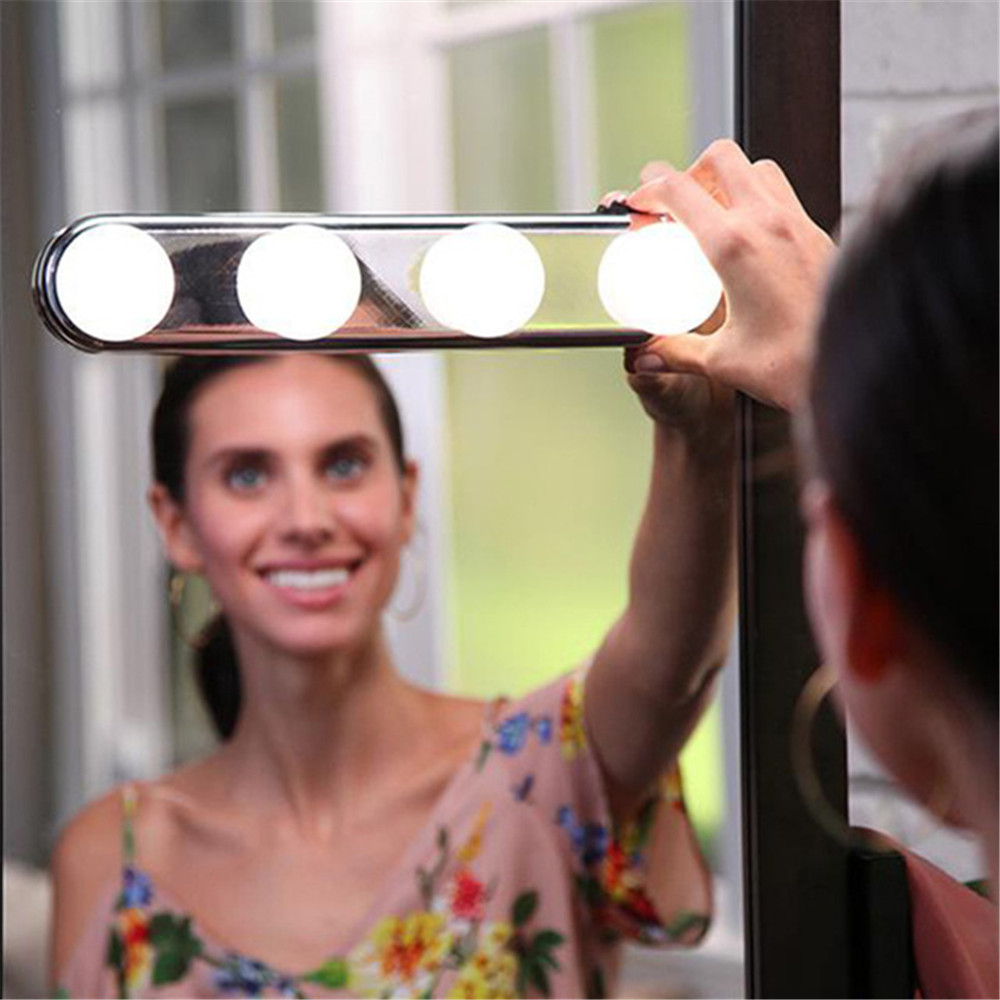 Studio Make Up Lights Potable Battery Super Bright 4 LED Mirror Bulbs LED Mirror Headlamp Antifogging