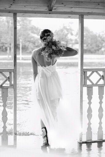Top-Selling-Spaghetti-Strap-Beach-Boho-Cheap-Bohemian-Lace-Front-Short-Long-Back-Wedding-Dress-Gown (2)