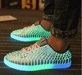 Moda 2017 homens sapatos baixos top furtivo impressão alligator padrão de iluminação homem flats casual sneakers luminous glowing shoes lace up
