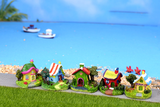 Mini Castle Cartoon House Villa Mini Buildings Miniatures Fairy Garden Gnome Moss Terrarium Decor Crafts Bonsai Home Decor 6