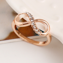 New Design hot sale Fashion Alloy Crystal Rings Gold Color Infinity Ring Statement jewelry Wholesale for women Jewelry