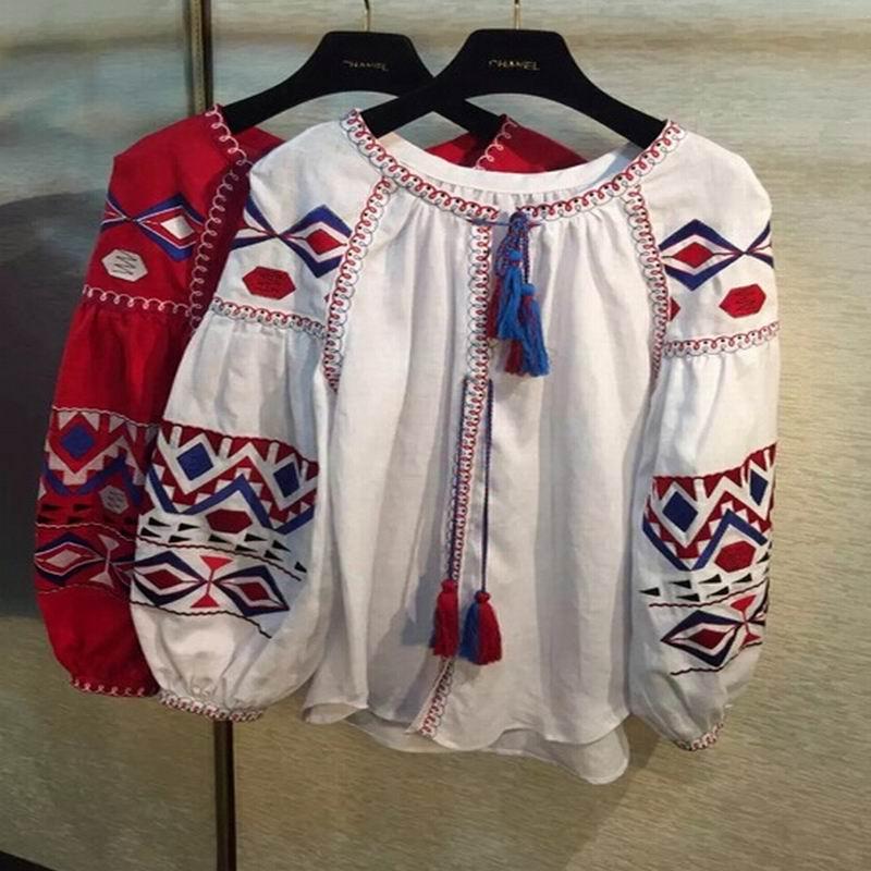 Национальная вышивка на рубашках