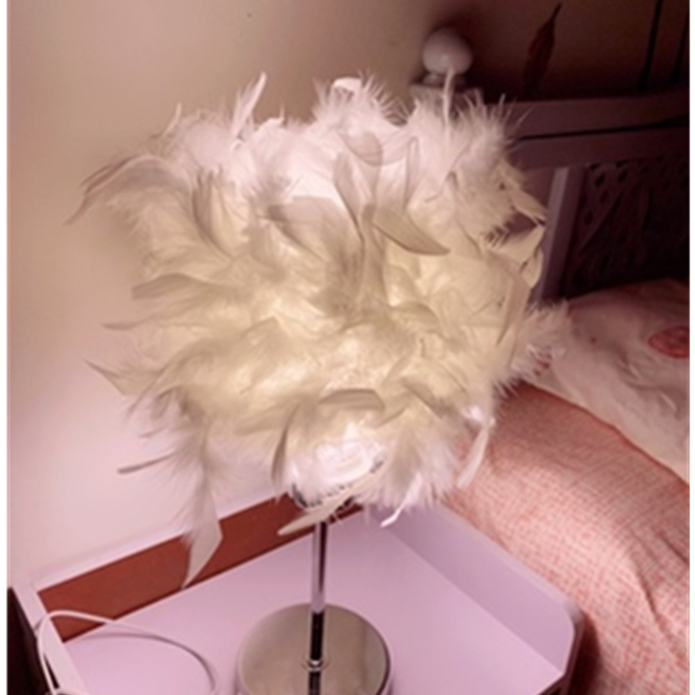 Modern Creative Feather Night Lamp Children E27 Table Lamp For Girl Make Up Baby Kids Children Bedroom Drop Light Lighting Decor