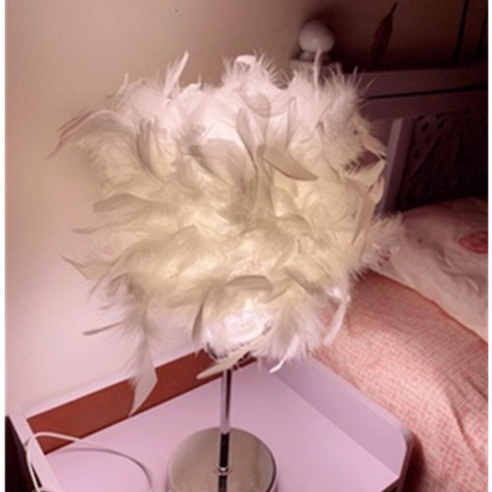 Modern Creative Feather Night Lamp Children E27 Table Lamp For Girl Make Up Baby Kids Children Bedroom Drop Light Lighting Decor
