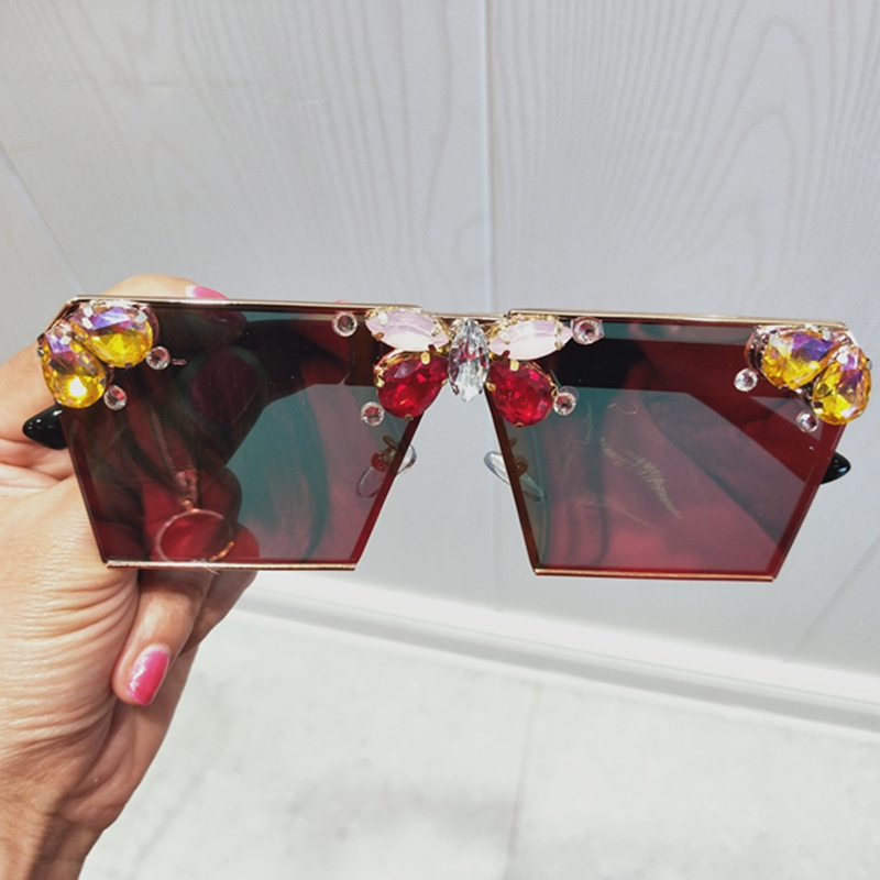 MONIQUE 2018 Fashion Women Sunglasses Luxury Colorful Rhinestone Mirror Pink Sun glasses Vintage Shades Ladies UV400