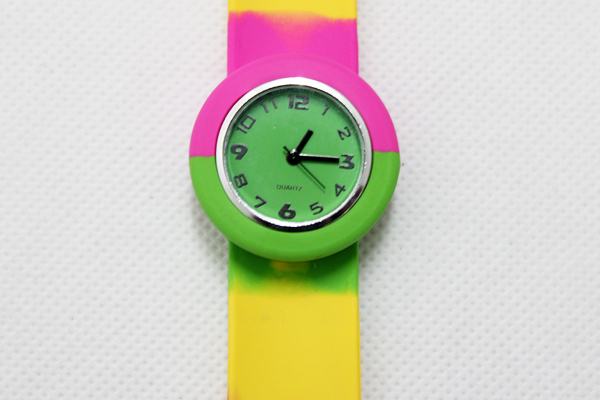200pcs/lot rainbow slap watch cartoon kids silicone watch multicolour watch free shipping
