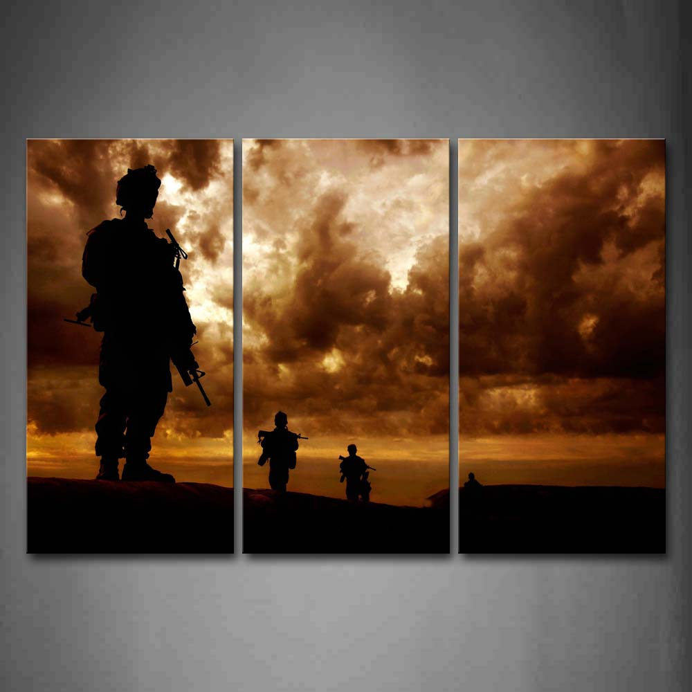 Framed Wall Art Pictures Soldiers Sky Clouds Canvas Print Aircraft Posters With Wooden Frames For Home Living Room DecorFramed Wall Art Pictures Soldiers Sky Clouds Canvas Print Aircraft Posters With Wooden Frames For Home Living Room Decor