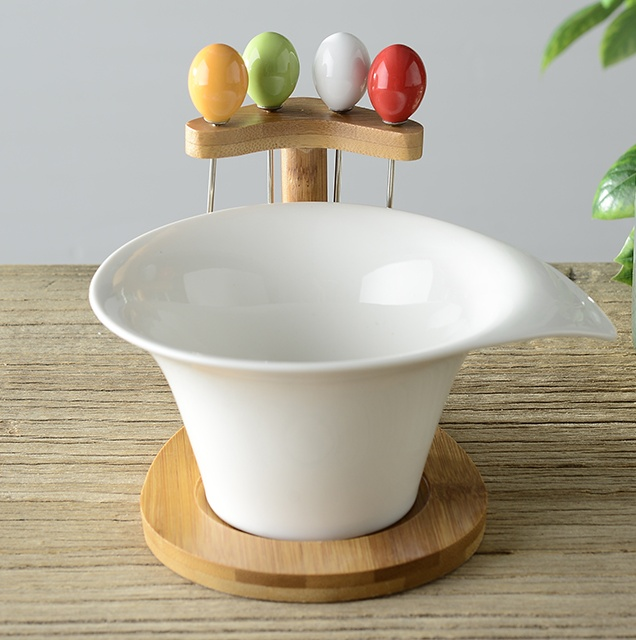 Irregular Ceramics Salad Bowl with Bamboo Stand Decorative Porcelain Fruits and Vegetables Bowl with Forks Tableware Ornament