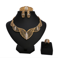 2018 Fashion Gold Color Nigerian Wedding African Beads Jewelry Set Crystal Saudi Jewelry Bracelet Earring Ring