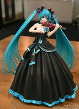 Anime Hatsune violin Miku Symphony 2017 Ver  PVC Action Figure Collectible Model