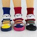 Детские весной и осенью период и гребнечесанию хлопковые носки пинетки этаж отпустить детские противоскользящие клей малыша носки обувь WS93221