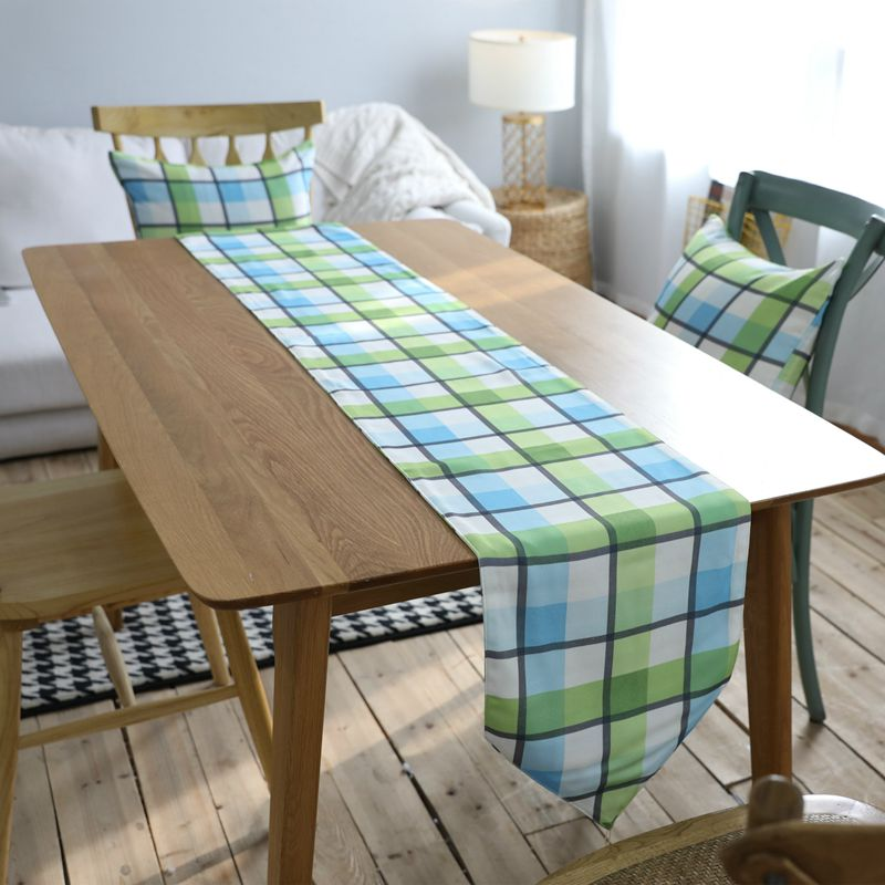 New Arrival American Village Simple Modern Green Plaid Waterproof Living Room Restaurant Party Hotel Table Runner