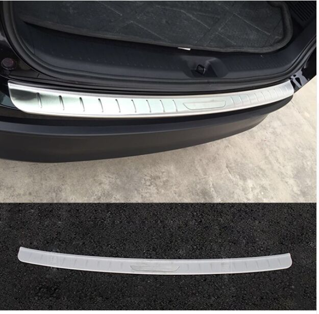 ACCESSORIES FIT HOT FOR TOYOTA HIGHLANDER 2014 2015  KLUGER REAR BUMPER PROTECTOR STEP PANEL BOOT COVER SILL PLATEACCESSORIES FIT HOT FOR TOYOTA HIGHLANDER 2014 2015  KLUGER REAR BUMPER PROTECTOR STEP PANEL BOOT COVER SILL PLATE
