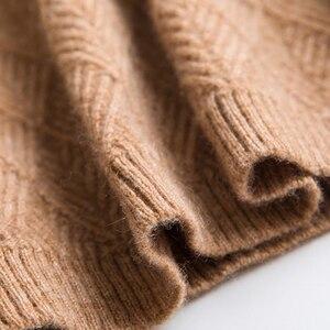 Image 4 - Kaszmirowe miękkie swetry z golfem i pulowery dla kobiet ciepły, puszysty jesienno zimowy sweter damski sweter marki