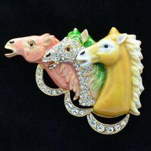 2016 Oferta Especial Rushed Mujeres de Moda Broches Cristalinas De Las Mujeres Broche de Cristales 3 Caballos Cabezas Broche broche Pin Accesorios