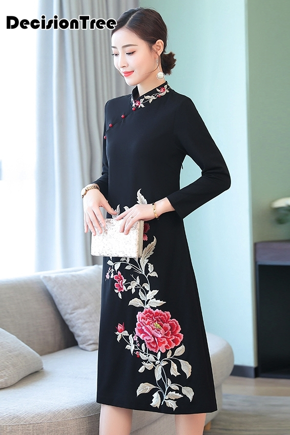 2019 women 39 s cheongsam qipao evening dress chinese oriental dresses traditional chinese long wedding dress cheongsam in Cheongsams from Novelty amp Special Use