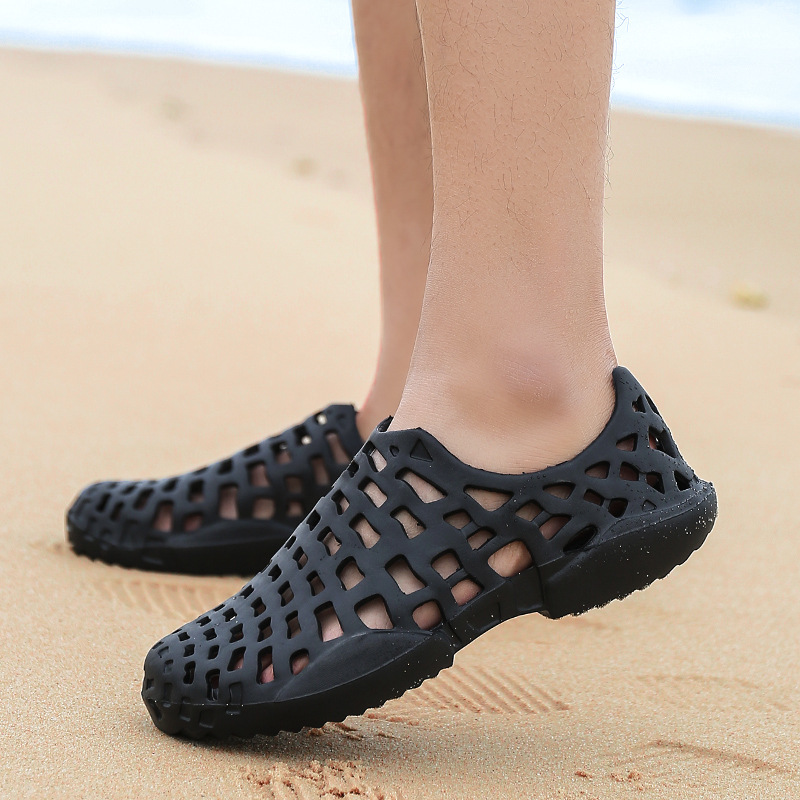 2018 WoMan's Beach Clogs Air Mesh Sandals Casual Slippers Breathable Classic Clogs and Mules Flat Jelly Garden Shoes Slide Cros обувь для дома clogs 01 page 7