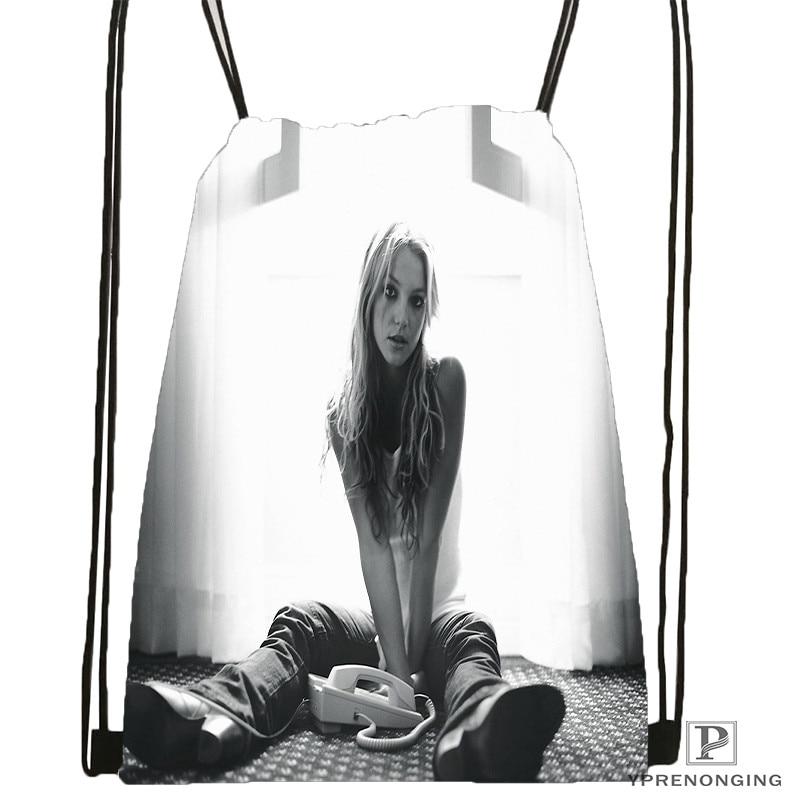 Custom Britney-spears-chica-con Drawstring Backpack Bag Cute Daypack Kids Satchel (Black Back) 31x40cm#20180611-02-71