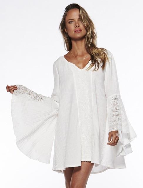 c2aadc070 Medieval Renaissance costume manga chama v-neck chemise branco camponês  blusa Cigana Hippie Festival boho
