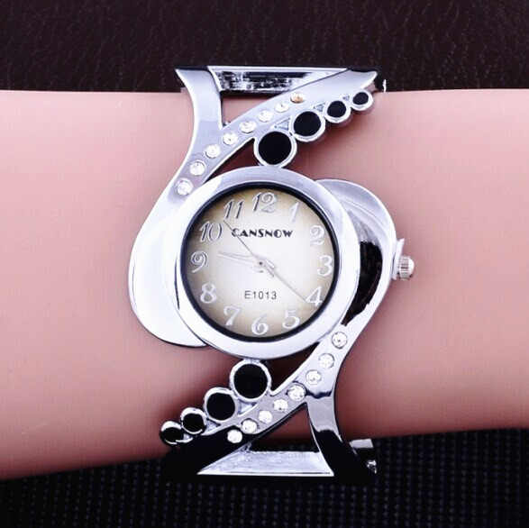 חדש עיצוב נשים צמיד שעוני יד קוורץ קריסטל יוקרה relojes ריינסטון אופנה נקבה שעונים מכירה לוהטת eleagnt mujer שעון
