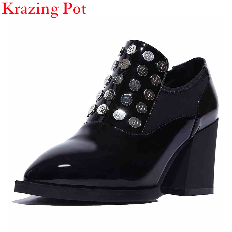 2017 Women Rivets Metal Solid Color Shoes Decoration High Heels Pointed Toe Pumps Genuine Patent Leather Slip on Casual Shoe L96 2017 shoes women med heels tassel slip on women pumps solid round toe high quality loafers preppy style lady casual shoes 17