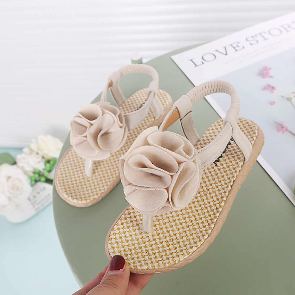 Hermoso chifón descalzo infantil niños pie flor playa sandalias verano Zapatos Sandalias al por mayor zuecos