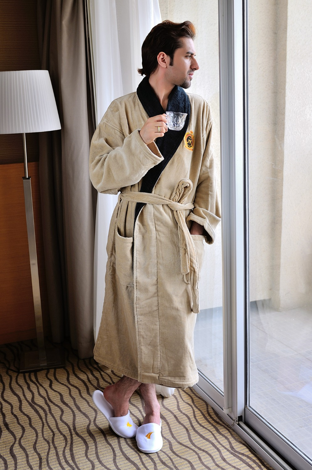 Fashion cotton fabric shawl collar with embroidery bathrobe for men