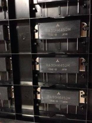 Free shipping  NEW  RA30H4452M  RA30H4452M1  MODULE