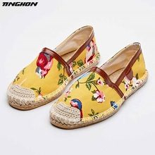 The autumn of 2016 the new canvas printing a pedal a straw rope lazy fisherman leisure shoes the new lazy shoes a pedal female student harajuku style plaid canvas shoes